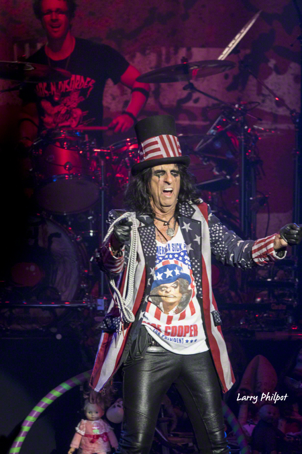 alice cooper in indianapolis 10 5 16 onstage