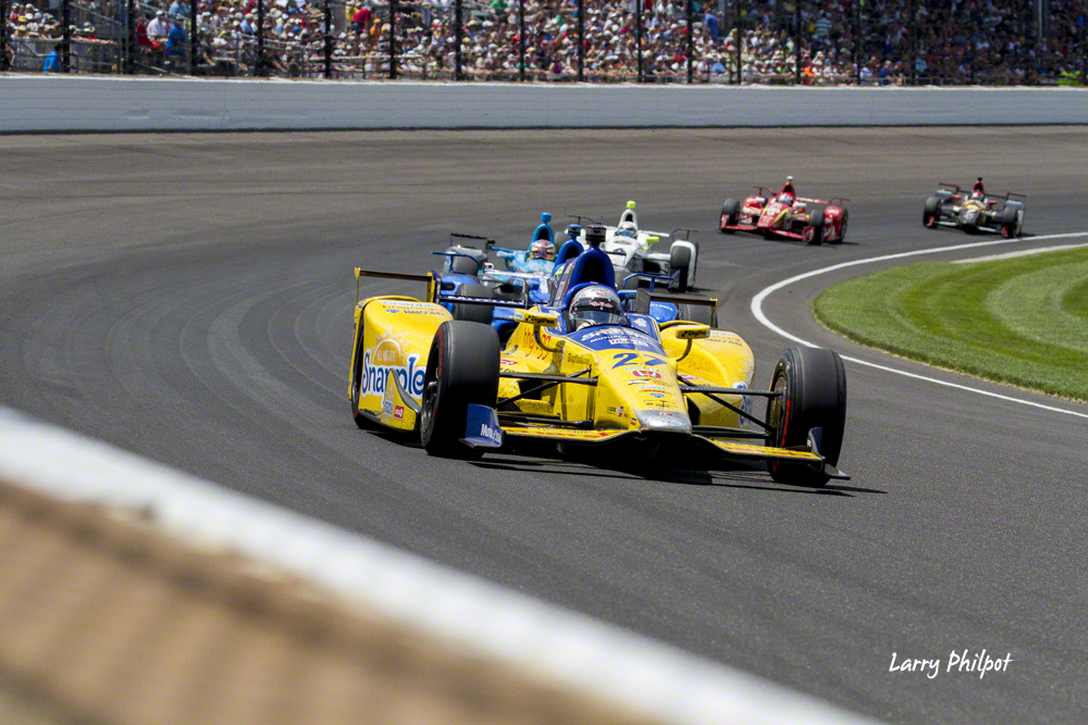 2 Seconds to a crash at Indy 500 – OnStage Magazine com